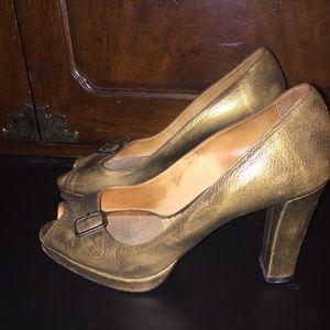 Bettye Muller Gold Distressed Peep Toe Pumps 38.5